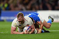 George Kruis of England scores a try in the second half. Guinness Six Nations match between England and Italy on March 9, 2019 at Twickenham Stadium in London, England. Photo by: Patrick Khachfe / Onside Images