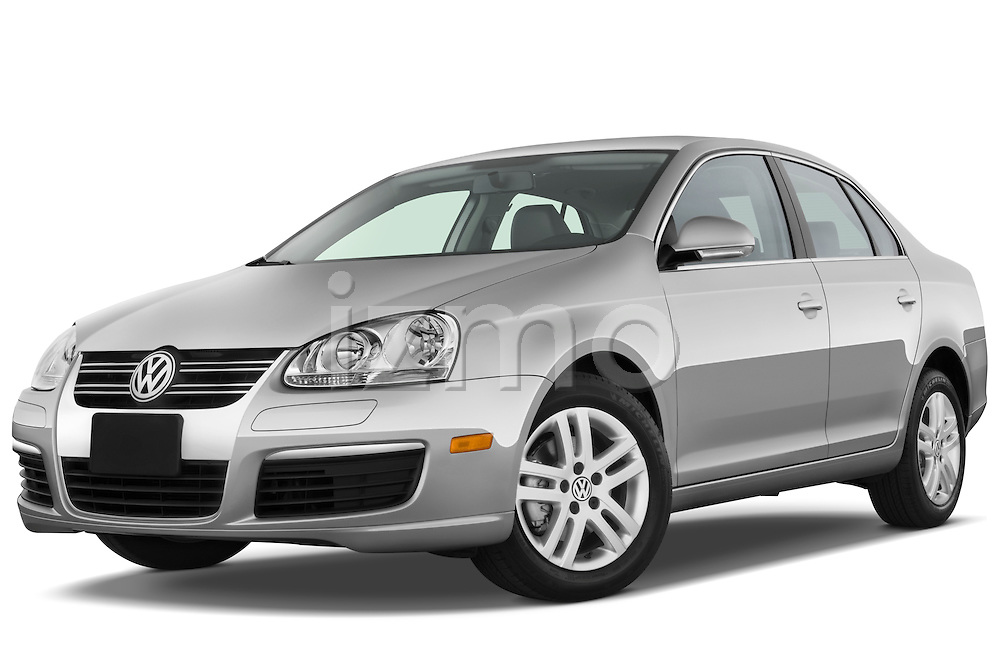 Low aggressive front three quarter view of a 2009 Volkswagen Jetta TDI.