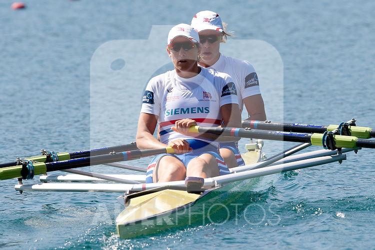02.09.2011, See, Bled, SLO, World Rowing Champioships Bled 2011, im Bild WATKINS Anna and GRAINGER Katherine of Great Britain during Women's Double Sculls at Rowing World Championships Bled 2011 on September 3, 2011, in Bled, Slovenia, EXPA Pictures © 2011, PhotoCredit: EXPA/ Sportida/ M. Klansek Velej *** ATTENTION *** SLOVENIA OUT!