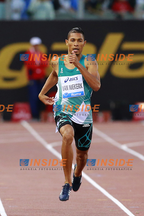 Wayde van Niekerk RSA Winner 400m Men   <br /> Roma 02-06-2016 Stadio Olimpico.<br /> IAAF Diamond League 2016<br /> Atletica Legera <br /> Golden Gala Meeting - Track and Field Athletics Meeting<br /> Foto Cesare Purini / Insidefoto