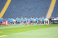 Mannschaft beim Warmlaufen - Abschlusstraining der Deutschen Nationalmannschaft, Commerzbank Arena Frankfurt, EM-Qualifikation
