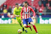 Atletico de Madrid's Fernando Torres (r) and Getafe CF's Mauro Arambarri during La Liga match. January 6,2018. (ALTERPHOTOS/Acero) /NortePhoto.com NORTEPHOTOMEXICO