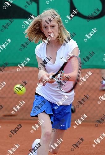 2012-07-15 / Tennis / seizoen 2012 / Dames 2 - Forest Hills / Julie Block..Foto: Mpics.be