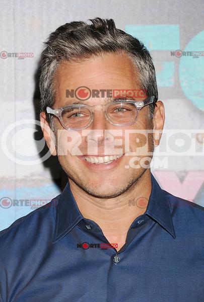 WEST HOLLYWOOD, CA - JULY 23: Richard Appel arrives at the FOX All-Star Party on July 23, 2012 in West Hollywood, California. / NortePhoto.com<br /> <br /> **CREDITO*OBLIGATORIO** *No*Venta*A*Terceros*<br /> *No*Sale*So*third* ***No*Se*Permite*Hacer Archivo***No*Sale*So*third*©Imagenes*con derechos*de*autor©todos*reservados*. /eyeprime