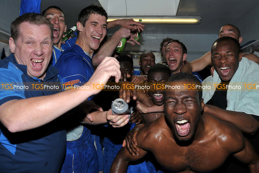 The Aveley players celebrate reaching the playoffs. Aveley vs Tonbridge Angels - Ryman League Division One North at Mill Field - 24/04/10 - MANDATORY CREDIT: Garry Bowden/TGSPHOTO