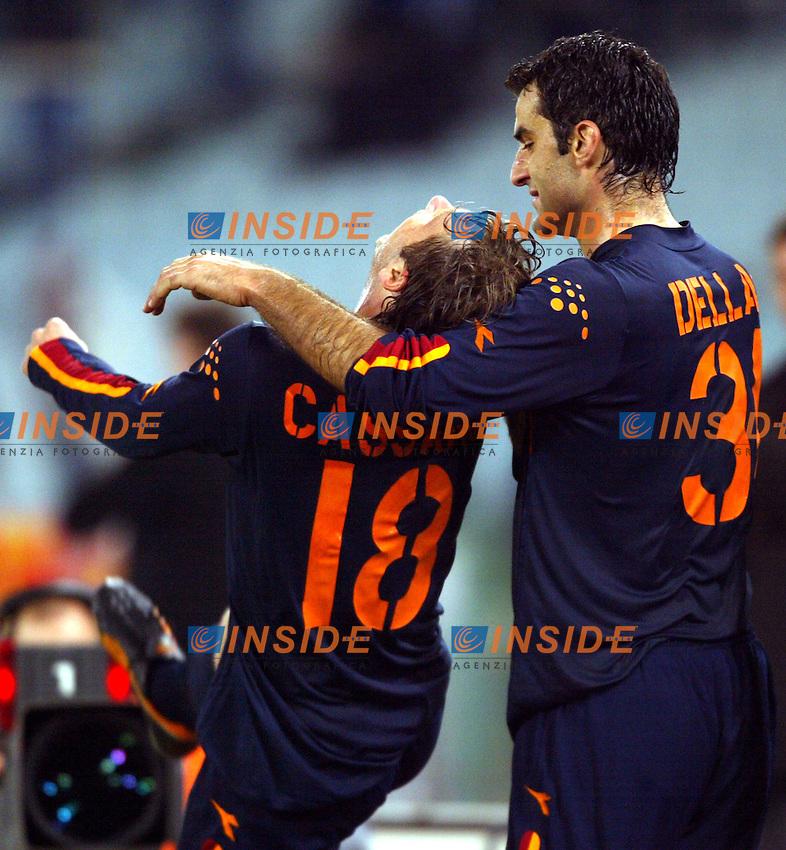 Roma 6/11/2003 Uefa Cup / Coppa Uefa <br /> Roma Hajduk split 1-0 <br /> Antonio Cassano (Roma) festeggiato da Traianos Dellas<br /> Foto Andrea Staccioli Insidefoto