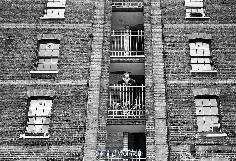 Tenant in Culross Buildings, Kings Cross, 1990.