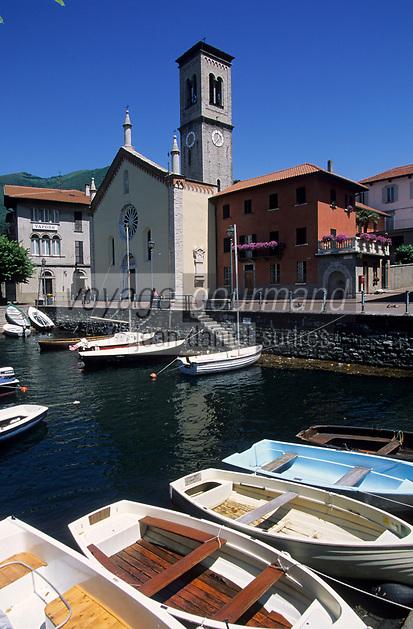 Europe/Italie/Lac de Come/Lombardie/Torno:  le village , le port