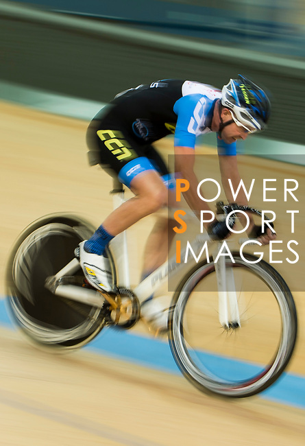 Jason Mansbridge (r) of IND competes in the Omnium category during the Hong Kong Track Cycling Race 2017 Series 6 at Hong Kong Velodrome on 12 March 2017, in Hong Kong, China. Photo by Marcio Rodrigo Machado / Power Sport Images