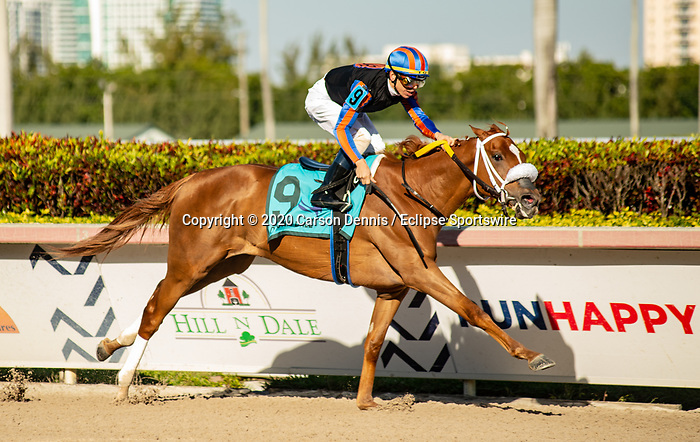 February 29, 2020: #9, TONALIST'S SHAPE stays perfect with Jockey Tyler Gaffalione for Trainer Saffie Joseph, Jr. in the Grade II Davona Dale Stakes at Gulfstream Park on February 29, 2020 in Hallandale Beach, FL. (Photo by Carson Dennis/Eclipse Sportswire/CSM)