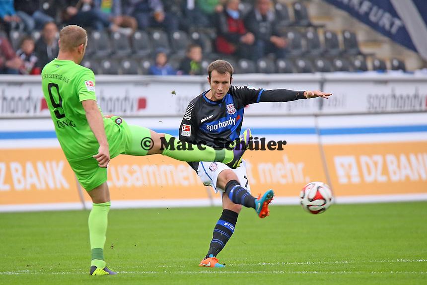 Marc Andre Kruska (FSV) gegen Frank Löning (Aue) - FSV Frankfurt vs. FC Erzgebirge Aue, Frankfurter Volksbank Stadion