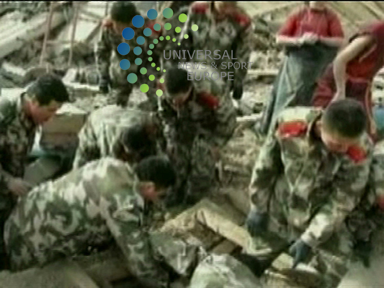 A series of strong earthquakes has struck China's western Qinghai province. Officials say at least 400 people have been killed, and 10,000 others have been injured. It is not known how many are still buried. Picture: 14 April 2010 Universal News And Sport (Europe)..... .