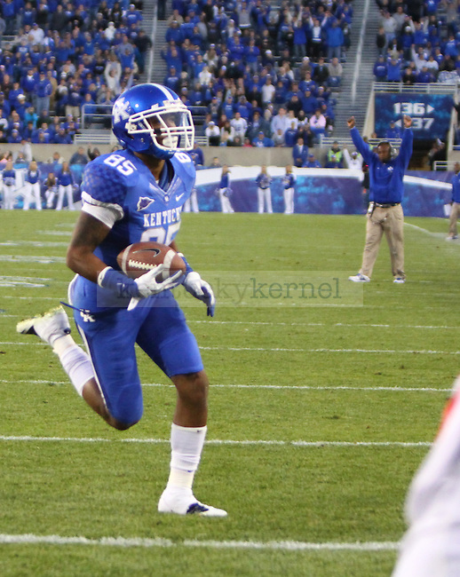 UK wide receiver Gene McCaskill runs the ball into the endzone for a touchdown during the second half of the UK's home game against Ole Miss at Commonwealth in Lexington, Ky., Nov. 5, 2011. UK won 30-13. Photo by Brandon Goodwin | Staff