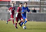 2018-02-18 / Voetbal / Seizoen 2017-2018 / Wuustwezel - Olmen / Koen Gommers (l. Wuustwezel) met Martijn Plessers<br /> <br /> ,Foto: Mpics.be