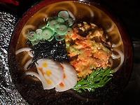 Stra&szlig;enrestaurant auf dem Namdaemun Markt, Seoul, S&uuml;dkorea, Asien<br /> streetrestaurant at Namdaemun market, Seoul, South Korea, Asia