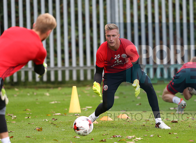 Simon Moore of Sheffield Utd during the Sheffield Utd training session at the Shirebrook training complex, Sheffield. Picture date: 2nd September 2016. Picture Simon Bellis/Sportimage
