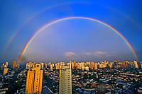 Arco-iris sobre a cidade de São Paulo. 2008. Foto de Flávio Bacellar.