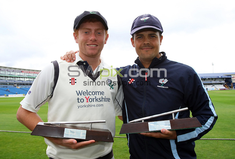 PICTURE BY VAUGHN RIDLEY/SWPIX.COM - Cricket - County Championship - Yorkshire v Kent, Day 3 - Headingley, Leeds, England - 15/09/10...Copyright - Simon Wilkinson - 07811267706...Yorkshire's Jonathan Bairstow and Jacques Rudolph with their Young Player and Player's Player of the Year Awards.