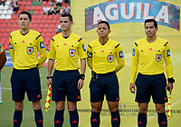 IBAGUÉ -COLOMBIA, 15-04-2017. Bismark Santiago, árbitro, y sus asistentes previo al encuentro entre Deportes Tolima y Deportivo Cali por la fecha 13 de la Liga Águila I 2017 jugado en el estadio Manuel Murillo Toro de Ibagué./ Bismark Santiago, referee, with his assitants prior the match between Deportes Tolima and Deportivo Cali for date 13 of the Aguila League I 2017 played at Manuel Murillo Toro stadium in Ibague city. Photo: VizzorImage / Juan Carlos Escobar / Cont