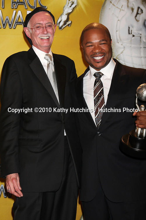 """Conrad Ricketts, Alvin """"Xzibit"""" Joiner.in the Press Room at the 41st NAACP Image Awards .Shrine Auditorium.Los Angeles, CA.February 26, 2010.©2010 Kathy Hutchins / Hutchins Photo...."""