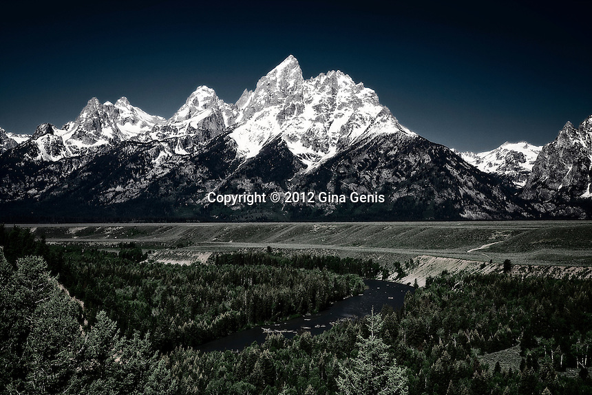 Snake River in the foreground of the Grand Tetons, Wyoming photographed by Gina Genis