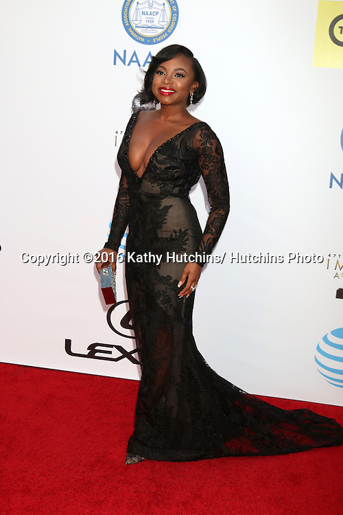 LOS ANGELES - FEB 5:  Naturi Naughton at the 47TH NAACP Image Awards Arrivals at the Pasadena Civic Auditorium on February 5, 2016 in Pasadena, CA