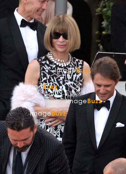 Anna Wintour - GEORGE CLOONEY &amp; AMAL ALAMUDDIN WEDDING CEREMONY AT THE AMAN RESORTS HOTEL IN VENICE - <br /> George Clooney &amp; British fiancee Amal Alamuddin and guests on taxi boat on the Grand Canal on their way to the seven-star Aman Hotel for the wedding celebrations.<br /> Robert De Niro, Matt Damon, Brad Pitt and Cate Blanchett were among the other stars, like Cindy Crawford, Rande Geber, Bill Murray, Emily Blunt.<br /> Italy, Venice, 27 September, 2014.