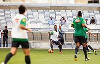 BELO HORIZONTE, MINAS GERAIS, 22 DE ABRIL 2013 - TREINO SELEÇÃO BRASILEIRA DE FUTEBOL - Ronaldinho Gaucho jogador da seleção brasileira de futebol durante sessão de treinamento na Minas Arena (Mineirão), na tarde desta terça-feira, 22. Amanhã o Brasil enfrenta o Chile no mesmo local. FOTO: WILLIAM VOLCOV / BRAZIL PHOTO PRESS.