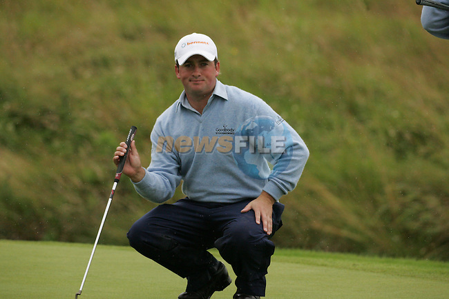 Graeme McDowell lines up his putt on the 4th green during the first round of the Smurfit Kappa European Open at The K Club, Strffan,Co.Kildare, Ireland 5th July 2007 (Photo by Eoin Clarke/NEWSFILE)