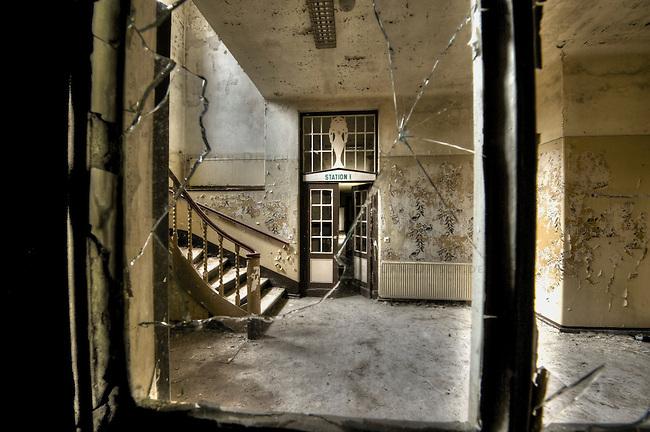 Ruin of a former Sanatorium from 1912.<br />The sanatorium was established between 1912 and 1914 as a lung hospital by a jewish couple, which fled from the arising by the national socialism into the USA. The hospital continued to operate during the national socialism.<br />After the end of the Second World War the sanatorium was run as a dermatology clinic in the GDR.<br />The building is abandoned since 1994.<br />27.10.2013<br />Copyright: Christian-Ditsch.de<br />[Inhaltsveraendernde Manipulation des Fotos nur nach ausdruecklicher Genehmigung des Fotografen. Vereinbarungen ueber Abtretung von Persoenlichkeitsrechten/Model Release der abgebildeten Person/Personen liegen nicht vor. NO MODEL RELEASE! Don't publish without copyright Christian Ditsch/version-foto.de, Veroeffentlichung nur mit Fotografennennung, sowie gegen Honorar, MwSt. und Beleg. Konto:, I N G - D i B a, IBAN DE58500105175400192269, BIC INGDDEFFXXX, Kontakt: post@christian-ditsch.de.<br />Urhebervermerk wird gemaess Paragraph 13 UHG verlangt.]