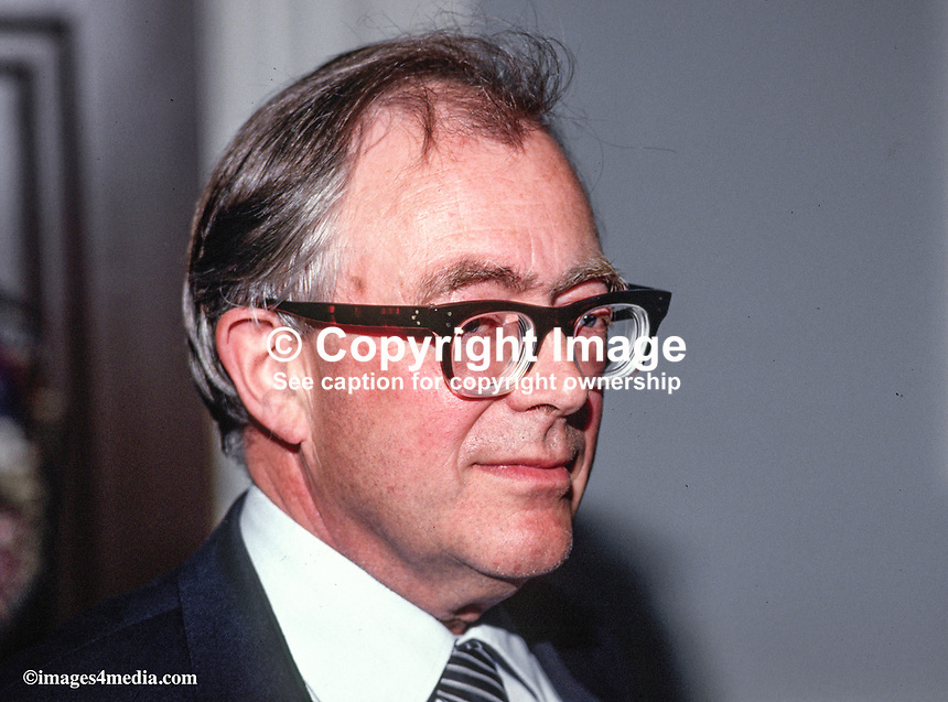 Professor Ronald Buchanan, director, Institute of Irish Studies, Queen's University, Belfast, N Ireland, UK, 19870510RB2..Copyright Image from Victor Patterson, 54 Dorchester Park, Belfast, UK, BT9 6RJ..Tel: +44 28 9066 1296.Mob: +44 7802 353836.Voicemail +44 20 8816 7153.Skype: victorpattersonbelfast.Email: victorpatterson@me.com.Email: victorpatterson@ireland.com (back-up)..IMPORTANT: If you wish to use this image or any other of my images please go to www.victorpatterson.com and click on the Terms & Conditions. Then contact me by email or phone with the reference number(s) of the image(s) concerned.