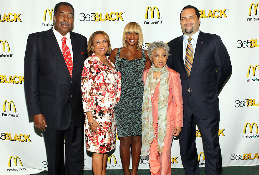 Honorees Civil Right Activist Hank Thomas, Founder and Chairperson Radio One Catherine Hughes, Singer/ Actress Mary J. Blige, Actress/ Author Ruby Dee and President and CEO of NAACP Benjamin Jealous pose for a picture at the 8th Annual 365 Black Awards at the Ernest N. Morial Convention Center in New Orleans, LA on Friday July 1,2011.(AP Photo/ Donald Traill)