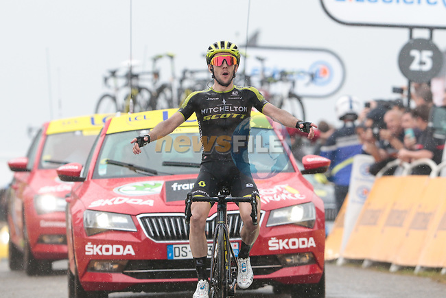 Simon Yates (GBR) Mitchelton-Scott wins Stage 15 his 2nd stage win of the 2019 Tour de France running 185km from Limoux to Foix Prat d'Albis, France. 20th July 2019.<br /> Picture: Colin Flockton   Cyclefile<br /> All photos usage must carry mandatory copyright credit (© Cyclefile   Colin Flockton)