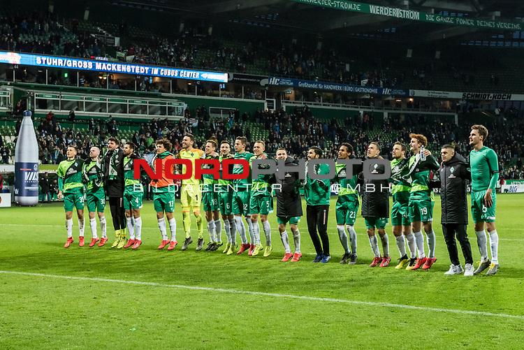 10.02.2019, Weserstadion, Bremen, GER, 1.FBL, Werder Bremen vs FC Augsburg<br /> <br /> DFL REGULATIONS PROHIBIT ANY USE OF PHOTOGRAPHS AS IMAGE SEQUENCES AND/OR QUASI-VIDEO.<br /> <br /> im Bild / picture shows<br /> Maximilian Eggestein (Werder Bremen #35), Davy Klaassen (Werder Bremen #30), Stefanos Kapino (Werder Bremen #27), Claudio Pizarro (Werder Bremen #04), Milos Veljkovic (Werder Bremen #13), Jiri Pavlenka (Werder Bremen #01), Niklas Moisander (Werder Bremen #18), Kevin M&ouml;hwald / Moehwald (Werder Bremen #06), Marco Friedl (Werder Bremen #32), Ludwig Augustinsson (Werder Bremen #05), Johannes Eggestein (Werder Bremen #24), Nuri Sahin (Werder Bremen #17), Theodor Gebre Selassie (Werder Bremen #23), Max Kruse (Werder Bremen #10), Philipp Bargfrede (Werder Bremen #44), Joshua Sargent (Werder Bremen #19), Milot Rashica (Werder Bremen #11), Sebastian Langkamp (Werder Bremen #15) feiern vor Fans der Ostkurve 4:0 Heimsieg gegen FC Augsburg, <br /> <br /> Foto &copy; nordphoto / Ewert