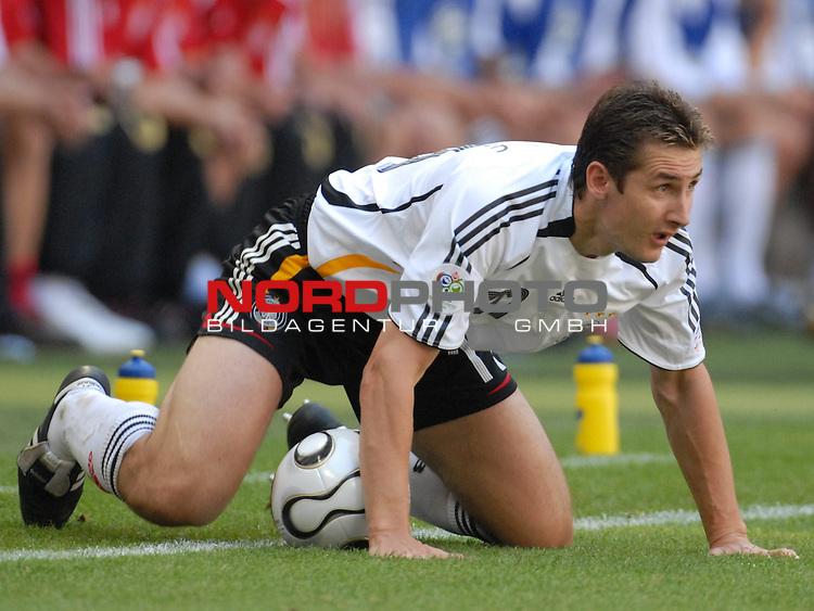 FIFA WM 2006 -  Round of Sixteen - / Viertelfinale <br /> Play    #49 (24-Jun) - Deutschland - Schweden<br /> <br /> Miroslav Klose (GER)<br /> <br /> Foto &copy; nordphoto