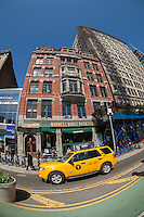 A Barnes & Noble bookstore off of Union Square in New York is seen on Wednesday, April 16, 2014.(© Richard B. Levine)