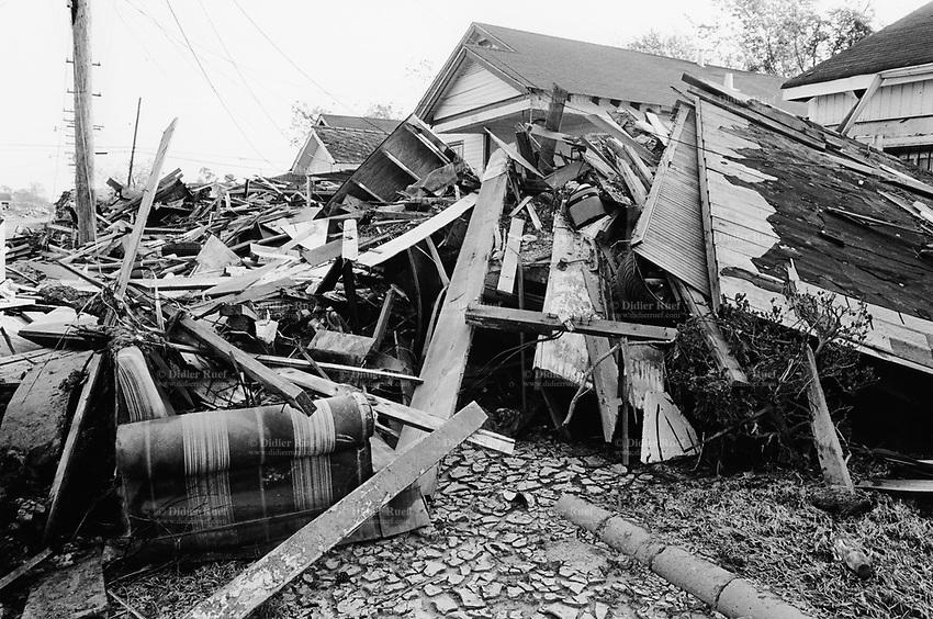 Aftermath of Hurricane Katrina   Didier Ruef   Photography