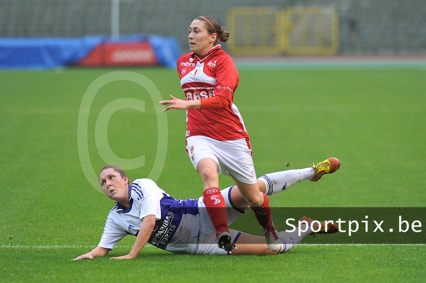 RSC Anderlecht Dames - Standard Femina de Liege : Audrey Demoustier en Laurence Marchal.foto JOKE VUYLSTEKE / Vrouwenteam.be