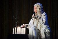 SAO PAULO, 19 DE MAIO DE 2012. SHOW ELKE MARAVILHA. A cantora Elke Maravilha durante apresentação no Centro Cultural da Juventude Ruth Cardoso, na tarde deste sábado em São Paulo. FOTO: ADRIANA SPACA - BRAZIL PHOTO PRESS