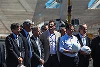 ATENCAO EDITOR IMAGEM EMBARGADA PARA VEICULOS INTERNACIONAIS - SAO PAULO, SP, 28 NOVEMBRO 2012 - COPA 2014 - VISTORIA ITAQUERAO - O secretario Geral da Fifa Jerome Valcke (C) durante vistoria da Fifa ao Itaquerao, estadio que sediada o jogo de abertura da Copa do Mundo de 2014, neste quarta-feira, 28. (FOTO: WILLIAM VOLCOV / BRAZIL PHOTO PRESS).