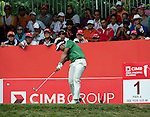 Chinnarat Phadungsil starts his third round of the CIMB Asia Pacific Classic 2011.  Photo © Andy Jones / PSI for Carbon Worldwide
