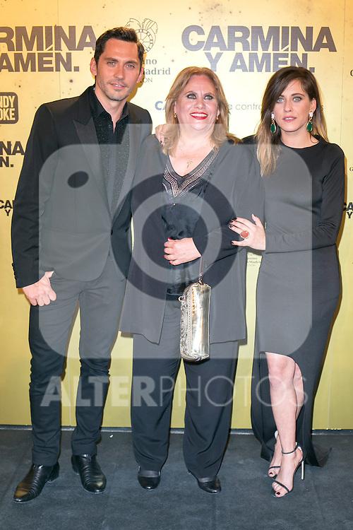 "Crew of the movie ""Carmina y Amen"", Paco Leon (Left) Carmina Barrios (Center) And Maria Leon (right)  attend the Premiere of the movie ""Carmina y Amen"" at the Callao Cinema in Madrid, Spain. April 28, 2014. (ALTERPHOTOS/Carlos Dafonte)"