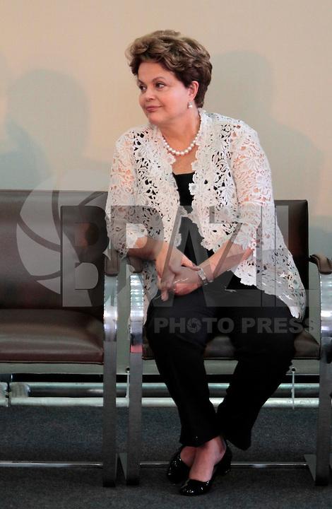 SAO PAULO, SP, 25 DE JANEIRO DE 2012 - ENTREGA MEDALHA 25 DE JANEIRO - Dilma Rousseff durante cerimonia de entrega da Medalha 25 de Janeiro na sede da Prefeitura de Sao Paulo, na regiao central da capital paulista nessa quarta-feira, 25. FOTO: VANESSA CARVALHO - NEWS FREE.