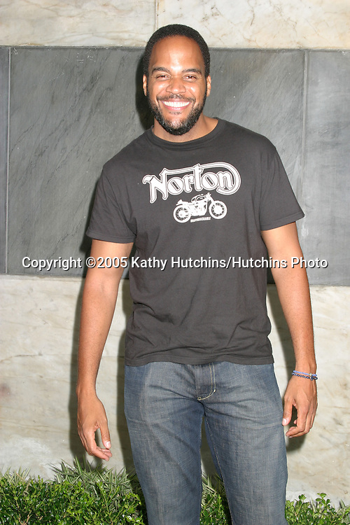 Victor WIlliams.CBS TCA Summer Press Tour Party.(TCA = Television Critics Association).Los Angeles, CA.July 19, 2005.©2005 Kathy Hutchins / Hutchins Photo