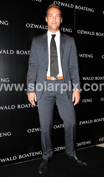 **ALL ROUND PICTURES FROM SOLARPIX.COM**                                             **WORLDWIDE SYNDICATION RIGHTS**                                                                                  Caption:  The Ozwald Boateng show at London Fashion Week 2010, London, UK. 22 September 2010                                                                             This pic:  Calum Best                                                                                            JOB REF: 12173 MLW       DATE: 22_09_2010                                                           **MUST CREDIT SOLARPIX.COM OR DOUBLE FEE WILL BE CHARGED**                                                                      **MUST AGREE FEE BEFORE ONLINE USAGE**                               **CALL US ON: +34 952 811 768 or LOW RATE FROM UK 0844 617 7637**