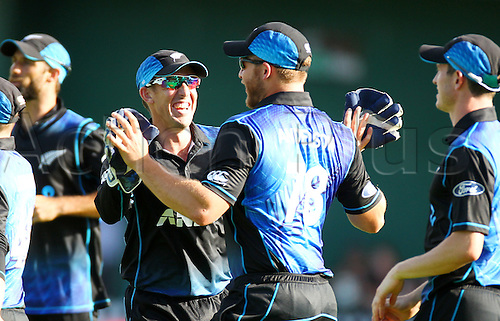 25.01.2016. Basin Reserve, Wellington, New Zealand. New Zealand versus Pakistan One Day International Cricket. Corey Anderson celebrates his outfield catch with Luke Ronchi  during the 1st ODI cricket match between the New Zealand Black Caps and Pakistan