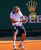 David FERRER (ESP) against Andrey GOLUBEV (KAZ) in the second round. David Ferrer beat Andrey Golubev 6-3 6-2..International Tennis - 2010 ATP World Tour - Masters 1000 - Monte-Carlo Rolex Masters - Monte-Carlo Country Club - Alpes-Maritimes - France..© AMN Images, Barry House, 20-22 Worple Road, London, SW19 4DH.Tel -  + 44 20 8947 0100.Fax - + 44 20 8947 0117