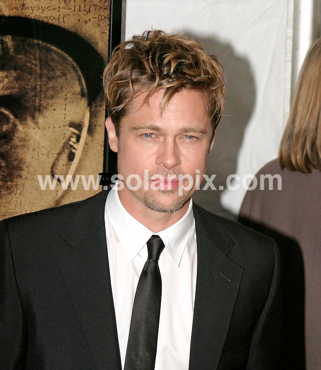 ALL ROUND PICTURES FROM SOLARPIX.COM.SYNDICATION RIGHTS FOR UK, SOUTH AFRICA, DUBAI, AUSTRALIA..Brad Pitt - The Good Shepherd World Premiere - Arrivals - Ziegfeld Theatre - New York, NY..DATE: 11/12/2006-JOB REF: 3157-PHZ.**MUST CREDIT SOLARPIX.COM OR DOUBLE FEE WILL BE CHARGED**