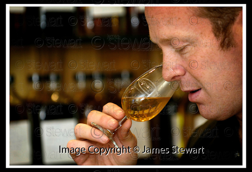 22/09/2006       Copyright Pic: James Stewart.File Name :sct_jspa03_glengoyne.ROBBIE HUGHES, DISTILLERY MANAGER, GLENGOYNE DISTILLERY, DUMGOYNE, IN THE BLENDING ROOM....Payments to :.James Stewart Photo Agency 19 Carronlea Drive, Falkirk. FK2 8DN      Vat Reg No. 607 6932 25.Office     : +44 (0)1324 570906     .Mobile   : +44 (0)7721 416997.Fax         : +44 (0)1324 570906.E-mail  :  jim@jspa.co.uk.If you require further information then contact Jim Stewart on any of the numbers above.........