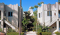 San Diego: Mayan-Zig-Zag Moderne Apartment Building, 6th Avenue. (Photo '85)